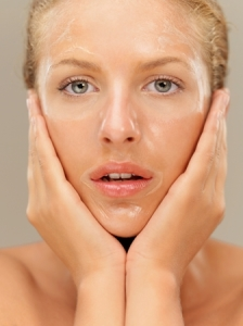 Are You Giving Your Skin What It Craves? By Beauty Salon Taringa - Call Us On 07 3871 0477