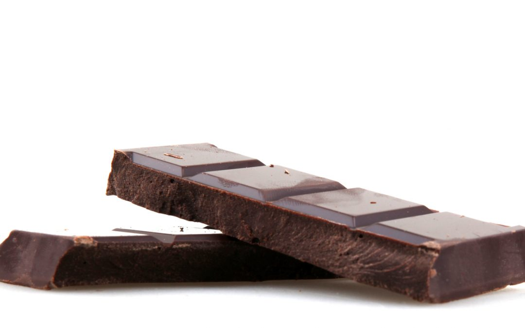 4 Reasons To Eat Dark Chocolate On Valentine's Day